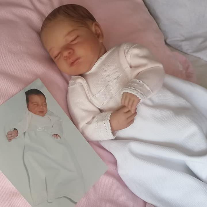 Bebé reborn por encargo igual a la foto